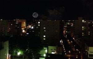 窓からの花火
